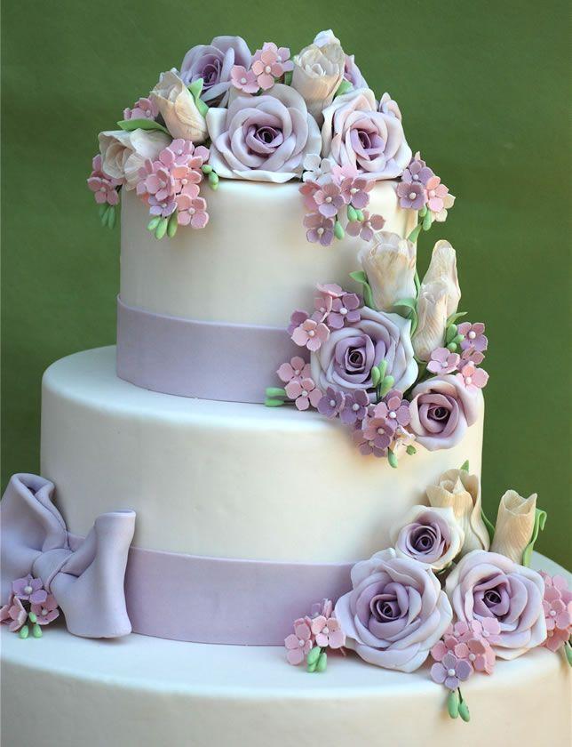 Risultato della ricerca immagini di Google per http://www.scuoladicucinaetoile.it/wp-content/uploads/2012/10/wedding-cake-decorazione.jpg