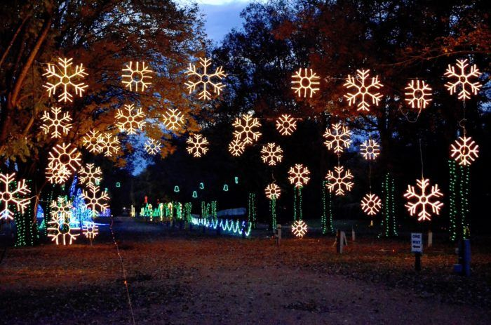 You Will Love This Dreamy Ride Through The Largest Drive Thru Light Show In Tennessee Christmas In Nashville Tennessee Christmas Best Christmas Lights