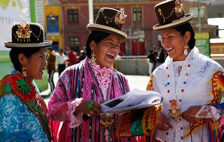 clothes in latin america essay Latin america is made up of diverse countries, peoples and cultures it is a continent rich in resources, however, it has many problems facing its people, such as debt, urbanization, environmental issues, multinationals and continuing wars and unrest.