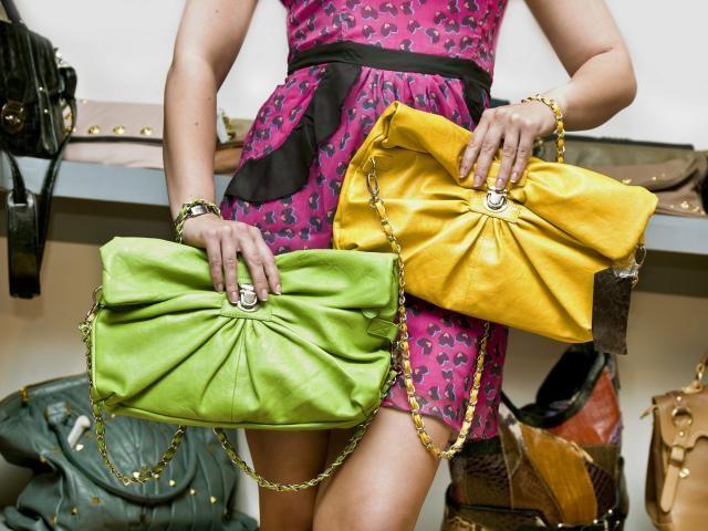Как выбрать сумку Что для вас сумка? Удобная сетка, в которую можно загрузить много-много продуктов? Или крохотный бархатный конвертик, в котором даже пудреница помещается с трудом?