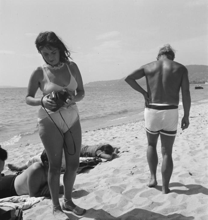 Eileen Agar 'Photograph of Dora Maar and Pablo Picasso on the beach', Sep 1937 © Tate