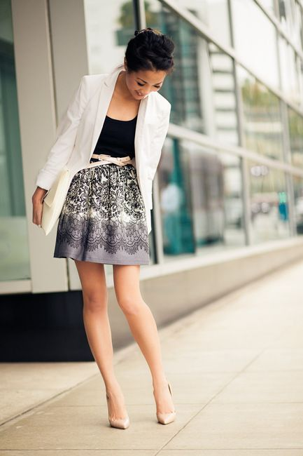 white blazer, printed skirt, black top + nude pumps & belt - perfect for (valentines) date night <3