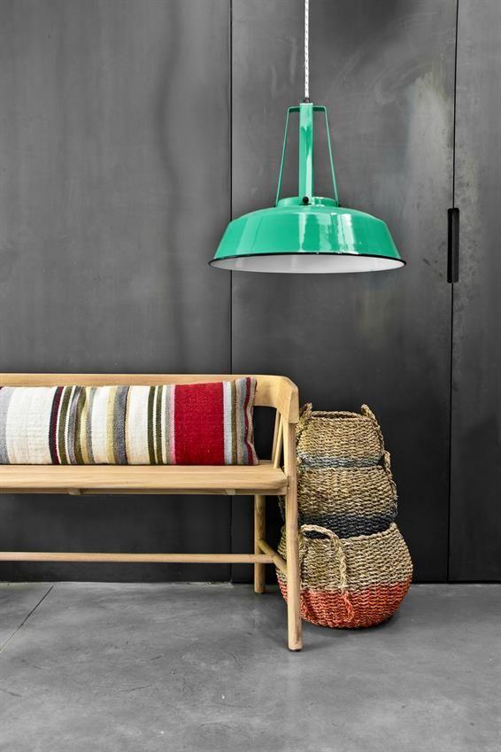 HKliving industrieel vintage kleur decoratie woonaccessoires woonkamer interieur wit zwart hout groene lamp