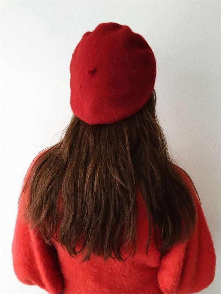 Büyükannemin Sandığı Vintage Kırmızı Ressam Beresi | beret | red beret | vintage red beret
