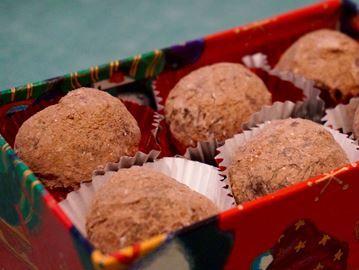 Spiced rum truffles