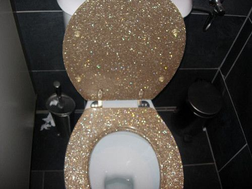 gold toilet seat cover. I WILL have a glittered toilet seat one day  58 best Golden Toilet collection images on Pinterest