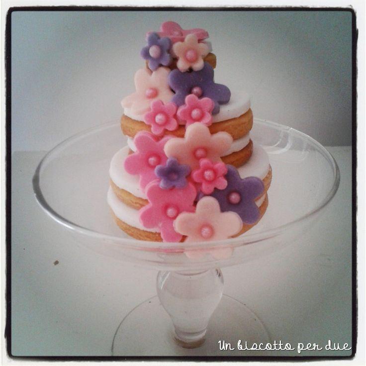 Mini cookies cake