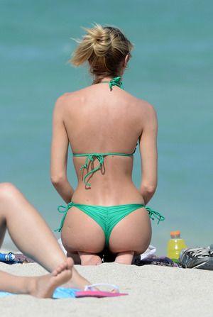 Candice Swanepoel Beach Bum