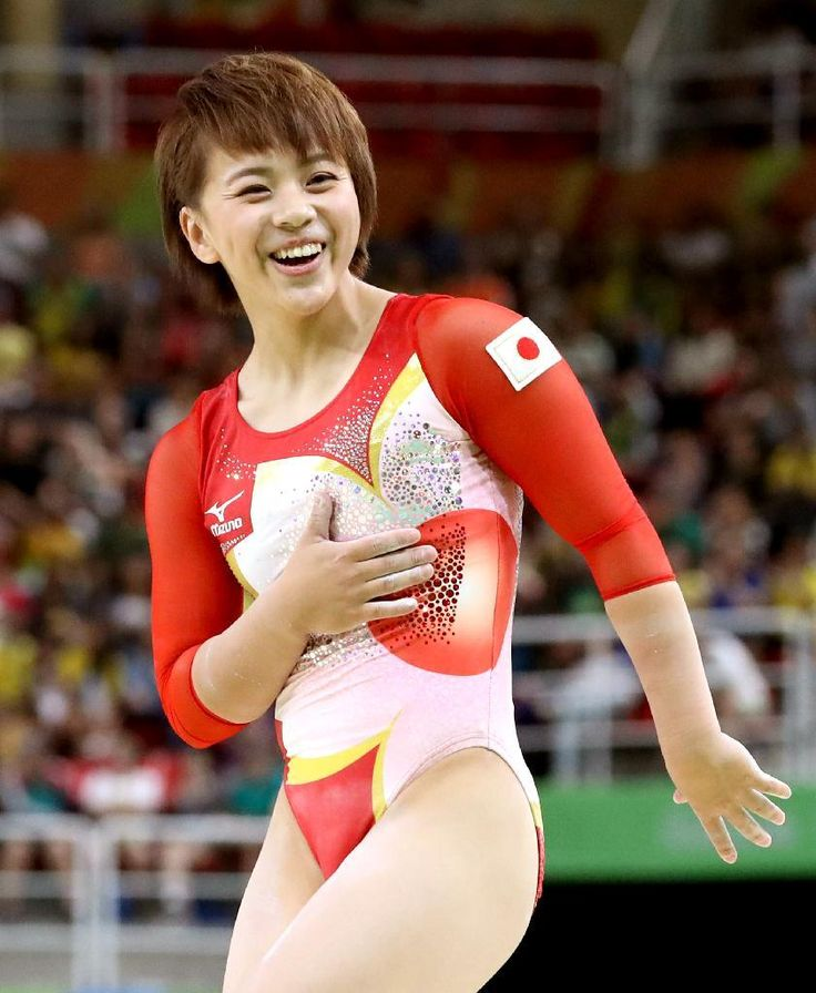 体操女子予選 平均台の演技を終えホッとした表情を見せる村上茉愛=7日、リオ五輪アリーナ(撮影:桐山弘太)