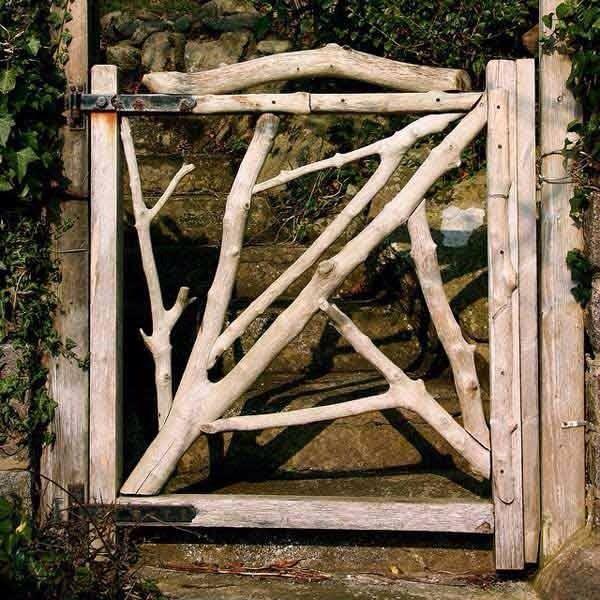 Raw wooden gate