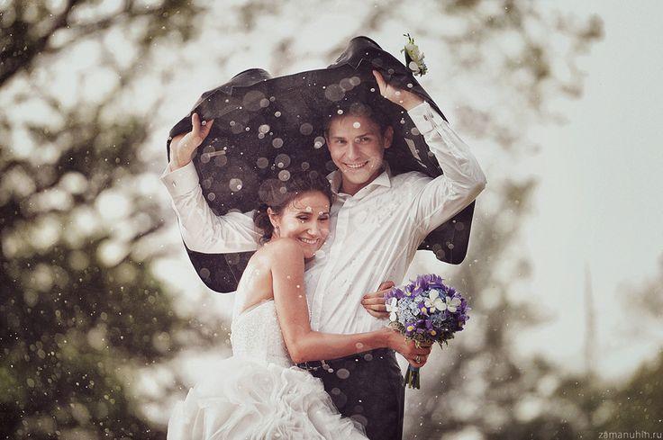 Wedding in the rain 4 by Ivan Zamanuhin, via 500px If it rains on your wedding day