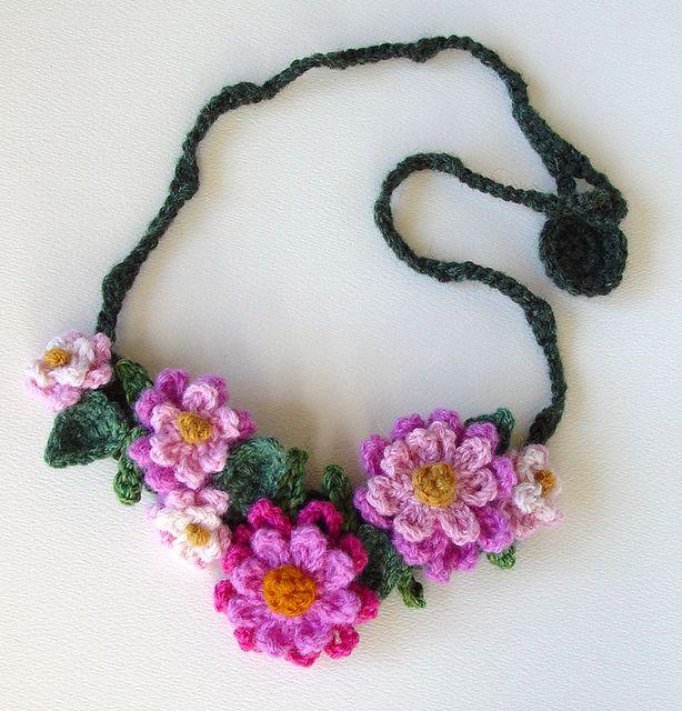 Crochet Pink Flowers Necklace by meekssandygirl, via Flickr
