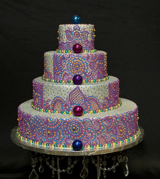Henna Inspired Custom Cakes That Sandy Patangay Of Creme Delicious Inc Creates To Celebrate Her And Clients Indian Heritage