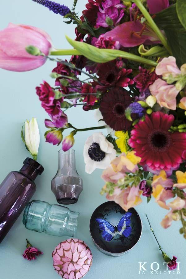 Nostetaan malja kukille | Ruhtinaallista runsautta | Koti ja keittiö | Johanna Ilander | Kuva Arsi Ikäheimonen