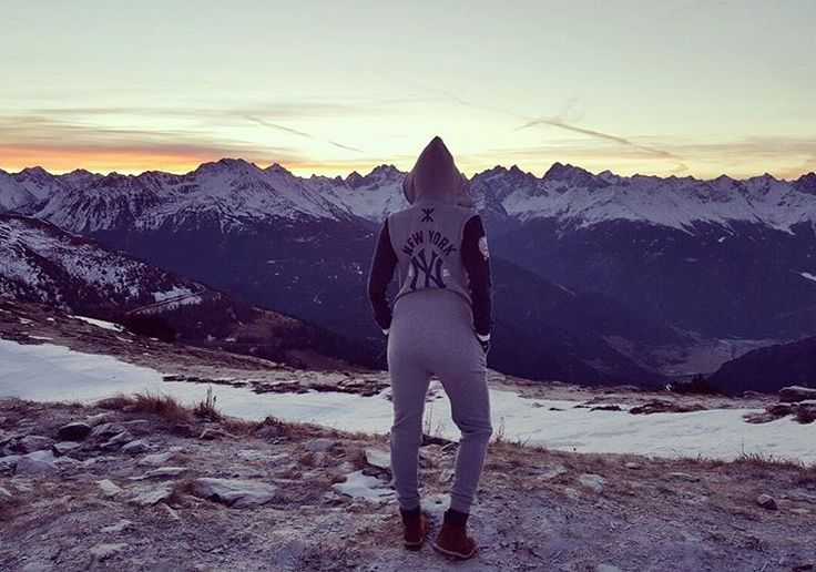 Good Morning world!😄  Venet Gipfelhütte - Austria   Iris Aschenbrenner is wearing the NY College Jumpsuit
