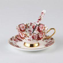 British Royal China de hueso flores pintura tazas de café tazas de cerámica taza de té y platillo conjunto cuchara avanzada taza de porcelana para los regalos(China (Mainland))
