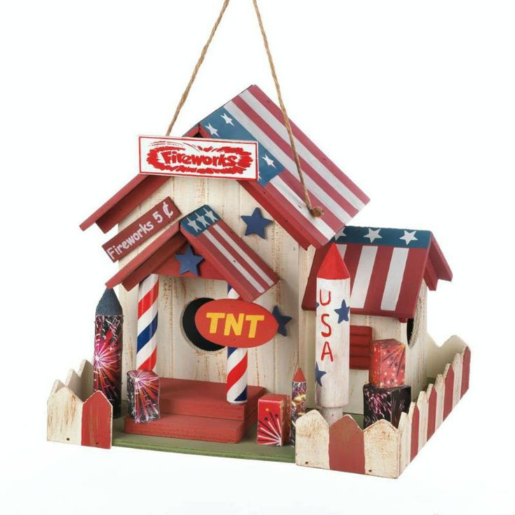 Patriotic Fireworks Stand Bird House