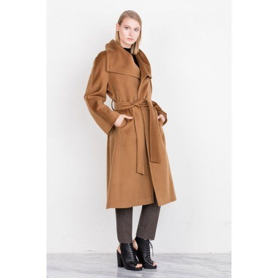 Długi płaszcz z asymetrycznym przodem