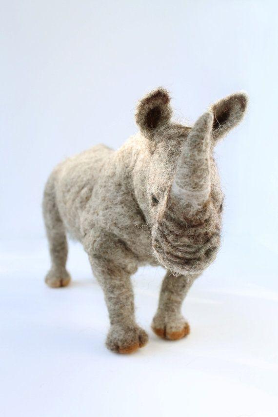 Nadel+Gefilzte+Rhinoceros+Breitmaulnashorn+von+YvonnesWorkshop,+$185.00