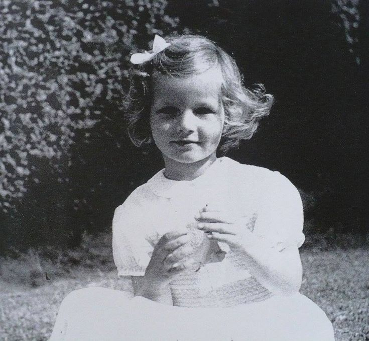 Principesa Margareta s-a născut la Lausanne, Elveţia, în 1949.