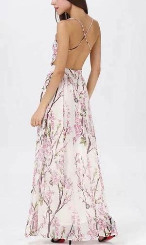 27845229e2 Cherry blossom floral maxi dress in 2019 | Wardrobe Aspirations | Dresses, Floral  maxi dress, Fashion dresses