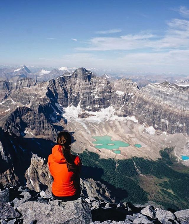 @vagabondhearts #mountaingirls #mounttemple #canada