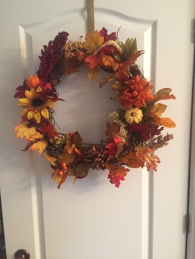 Fall is here and so is my sudden need to decorate! #lifestyle #diy #craft #homemade #interiordesign