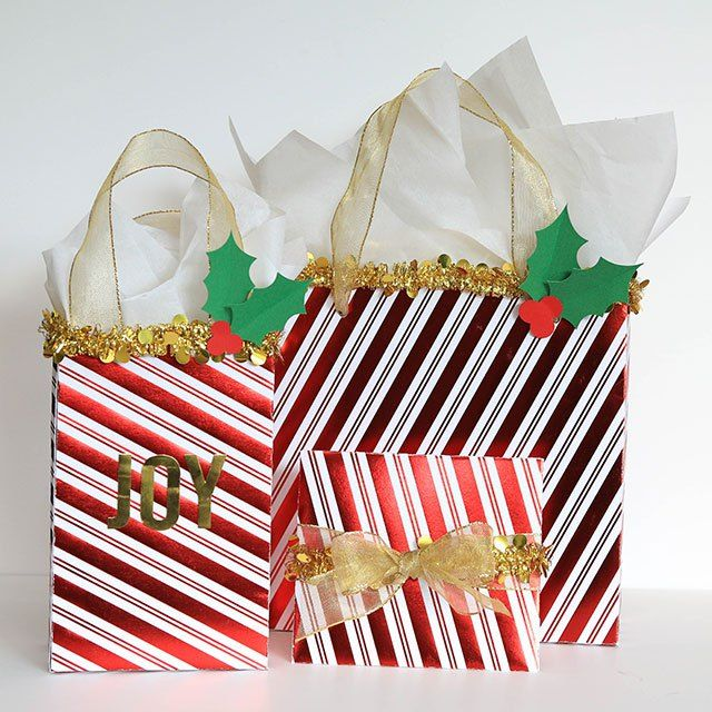 Arts And Crafts Ideas For Christmas Gifts Part - 43: Christmas Gift Bags - Love This