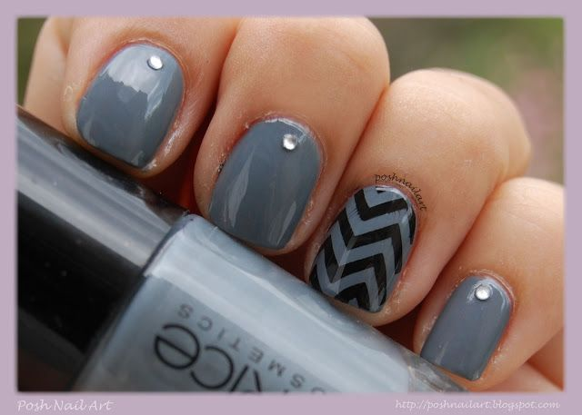 #Chevron #nails