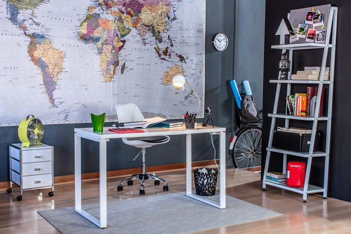 El rincón de estudio en tu casa. Habilita tu escritorio con lo que realmente necesitas, estudia tranquila y cómodamente en tu casa.