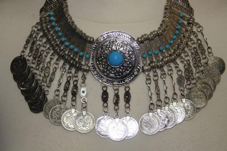 collar monedas metal plateado piedras azules de hamuck en Etsy