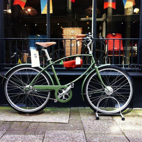 5. Pashley Parabike - Green #Hub #Geared #Vintage #VintageBikes #DarkGreen #Green #Bicycle #VintageBicycle #RetroBike #Retro #RetroBicycles #BikeRide #BicyclesUK #BikesUK #InternationalBikes #PashleyBikes #PashleyBicycles #PashleyParabike #Parabike