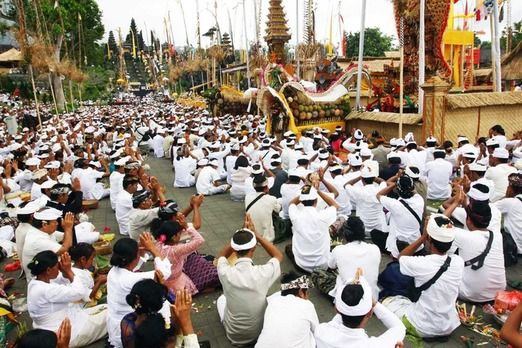 Silent Bali: Thousands of Hindu people attend a Panca Bali Krama ceremony at Besakih temple on the eve of the Day of Sil...