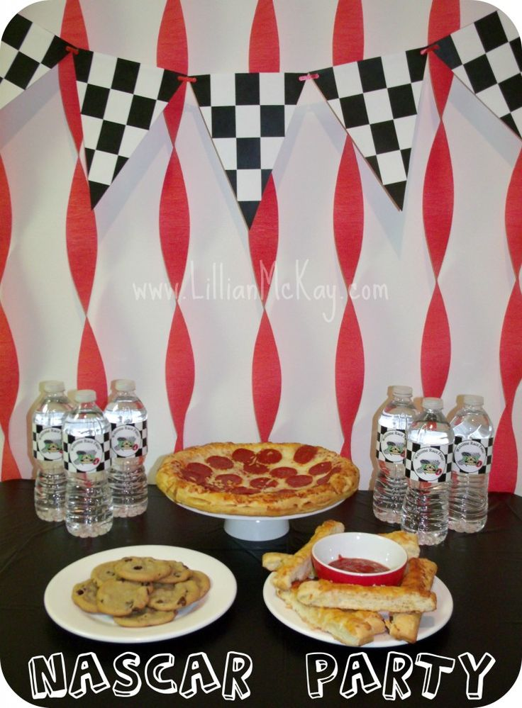 Simply Fun Nascar Party {Boy Party Theme Idea} (Excuse me? Boy party? Hello, this girl right here is a HUGE NASCAR fan...No really. Don't come to my house on race day unless you like to hear a pair of grown women screaming their lungs out.)
