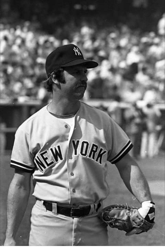 Pin By Mike Wituszynski On Thurman Tugboat Lee Munson Thurman Munson New York Yankees Baseball New York Yankees