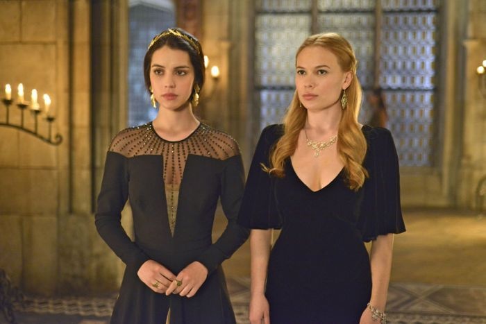 REIGN Episode 1.17 Promo Liege Lord - SEAT42F.COM