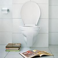 """#popasquat because poop, you're doing it wrong. check out this """"how-to"""" on proper technique."""