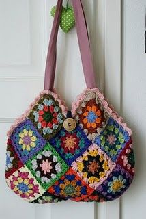 Granny bag.  I couldn't find a pattern but it is pretty easy - make 24 squares and sew together to match the photo.  Charming!
