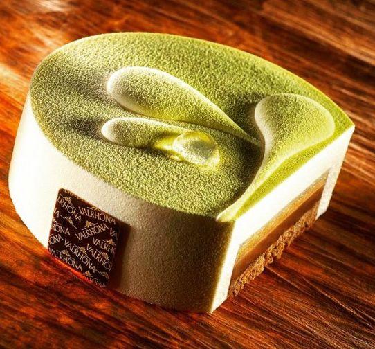 Praliné, vainilla y manzana verde. Nicolás Serrano.  Fuente de la imagen: @chefnicolas64