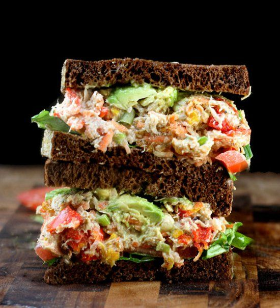 "Loaded Chicken (or Tuna) Salad with Greek Yogurt Ranch ""Mayo"" ♥ Paesley, Sage & Sweet"