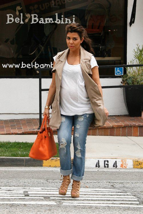 10 Pregnant Celebrities: Maternity Style Trends