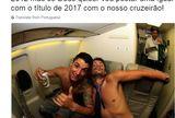 src=Xhttp://s2.glbimg.com/NvFntBnXVgnj_-9btwNcWl9XpOs=/160x108/smart/s.glbimg.com/es/ge/f/original/2017/03/25/thiagooooooooo_neves.png> Thiago Neves quer repetir foto com Sobis: sem camisa e com cerveja ]https://glo.bo/2niOtx0