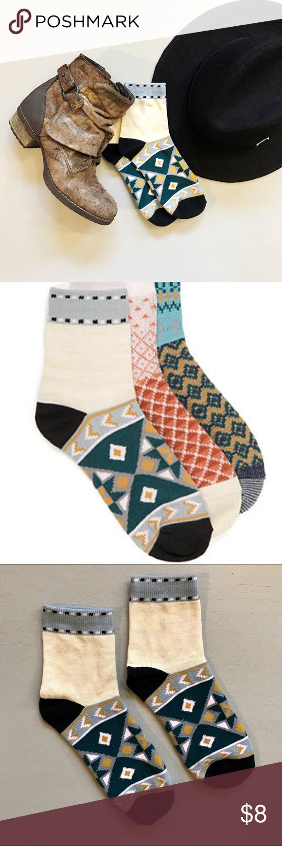 Free People Paradise Cove Ankle Socks 1 pair of Paradise Cove Ankle Socks from Free People.  100% completely brand new and unworn.  NWOT.  Super soft and snuggly.  Perfect heights for wearing with boots!  Next-day shipping - Thanks for looking! ❤ Free People Other