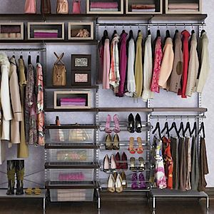 Display wall for consignment, resale shops