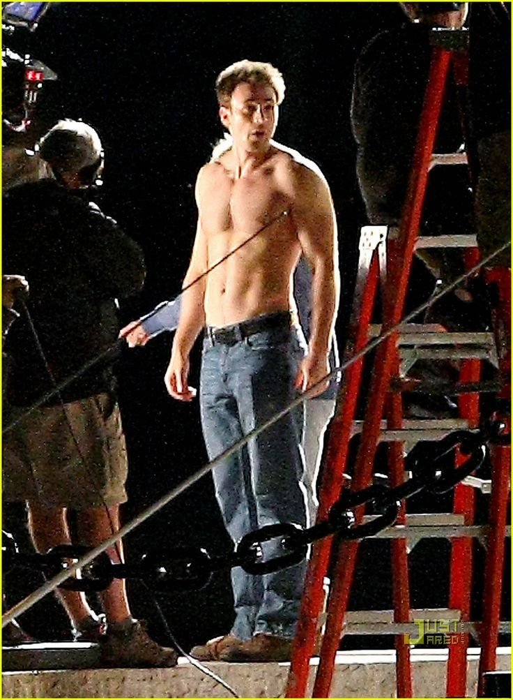 Chris Evans on set of What's Your Number