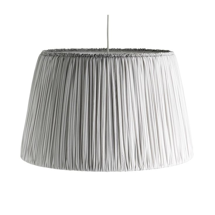 Inreda.com - Taklampa Pendel XL Randig vit/grå diam 60 cm, höjd 45 cm. Tine K Home. 2350 kr