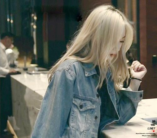 Image via We Heart It #blonde #jung #kpop #f(x) #krystal #soojung