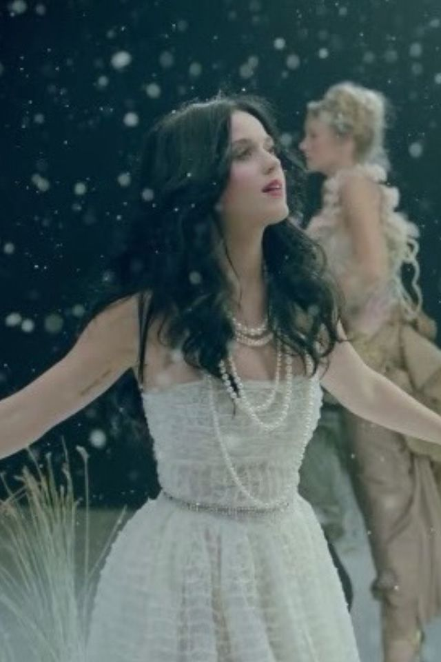 Katy Perry- Unconditionally
