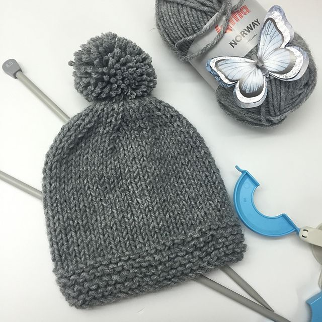 Ravelry: Hat with Pompom pattern by Ana Alfonsin