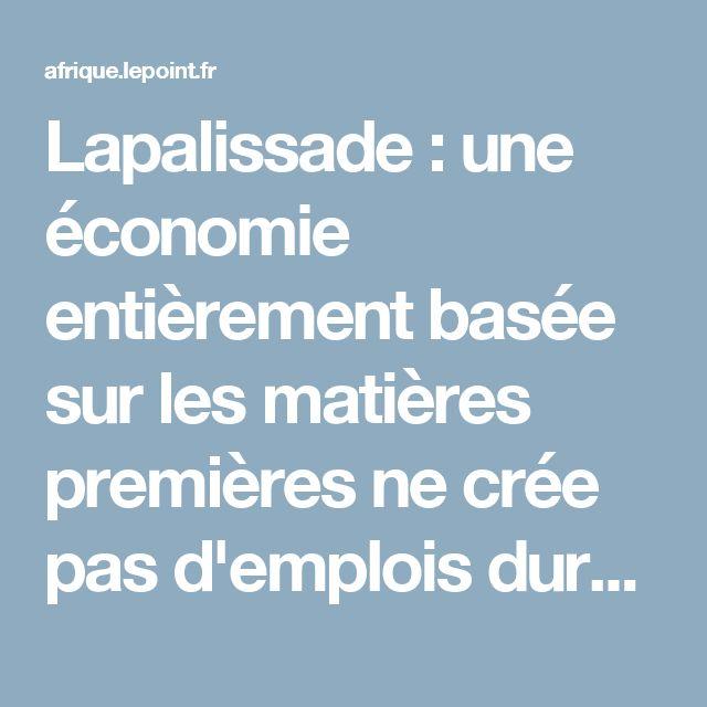 Lapalissade: une économie entièrement basée sur les matières premières ne crée pas d'emplois durables. C'est ce qu'Alger apprend douloureusement avec la chute du prix du baril de pétrole. L'impossibilité quasi métaphysique de l'Opep à se mettre d'accord pour réduire la production engendre un chaos des finances publiques dépendantes à 90 % de ses hydrocarbures. Faute d'une économie tournée vers le Sud, le régime de Bouteflika laisse le champ libre à son adversaire.